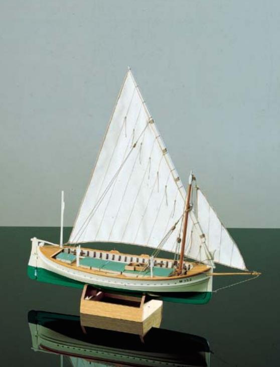 1589-9209-Llaut-Classic-Yacht-Model-Boat-Kit