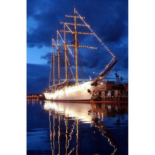 1608-9240-Esmeralda-Model-Boat-Kit-Special-Edition