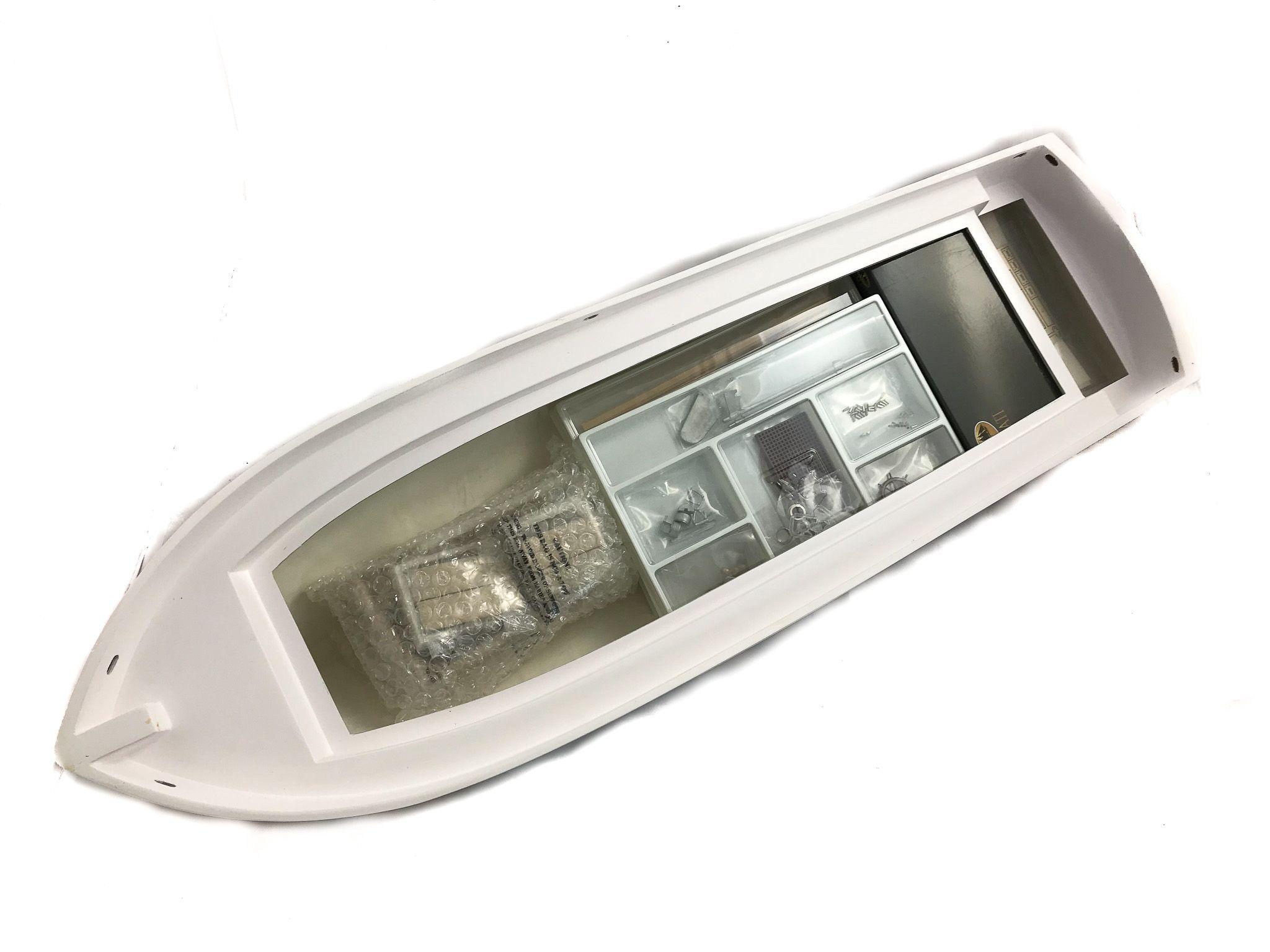 1635-12622-Grand-Banks-Model-Yacht-Kit-Amati-1607
