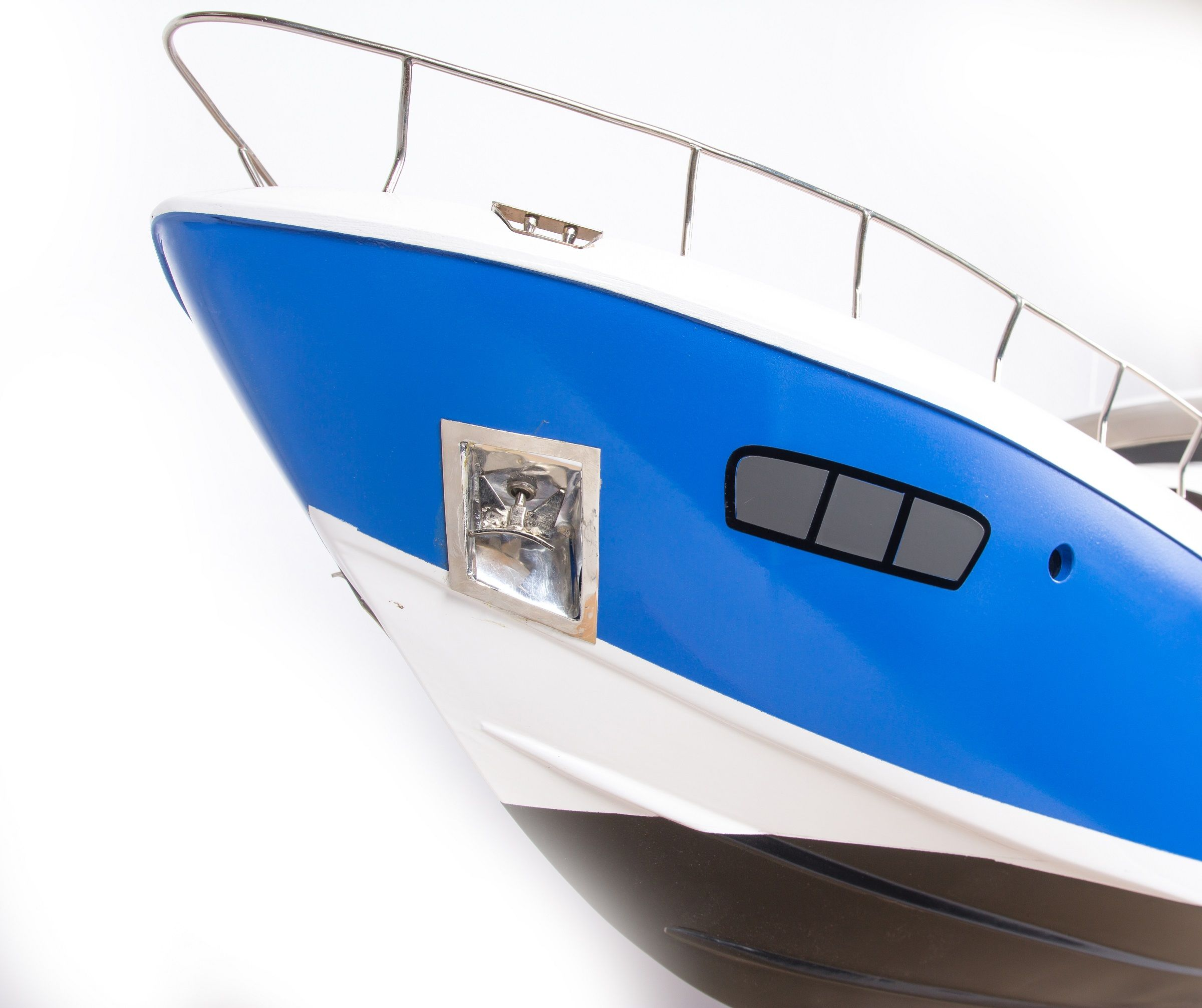 Azimut 95 Model Yacht