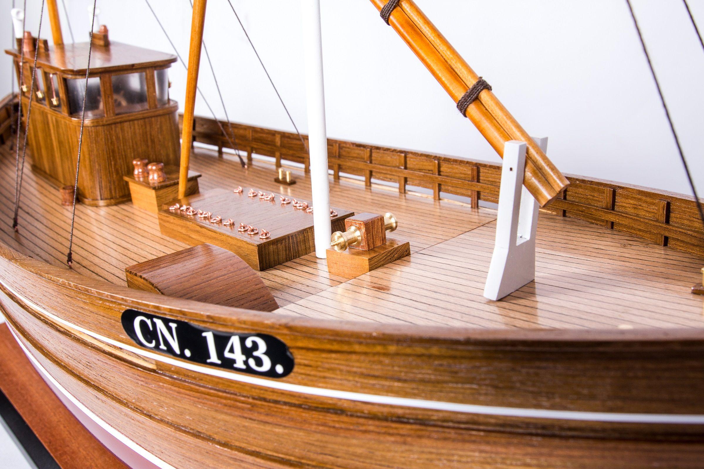 Amalthea CN 143 Model Boat