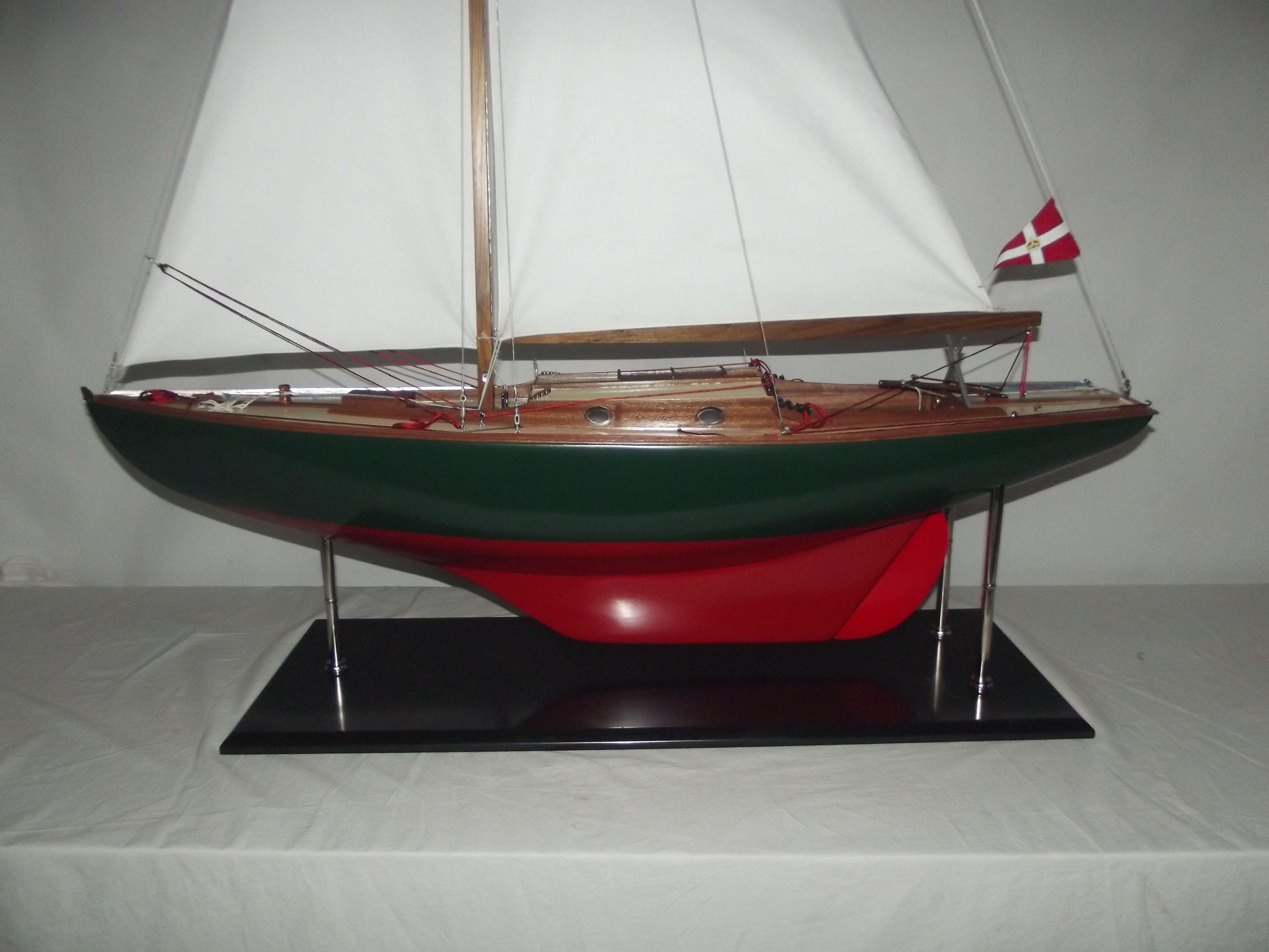 Glen Class Sailing Yacht