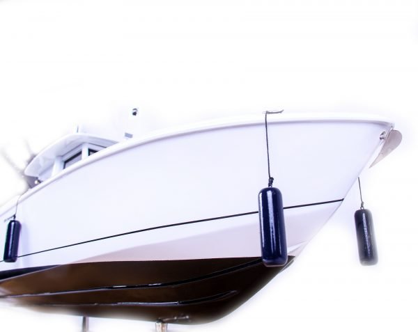 1686-9516-Boston-Whaler-Outrage-370-Model-Boat