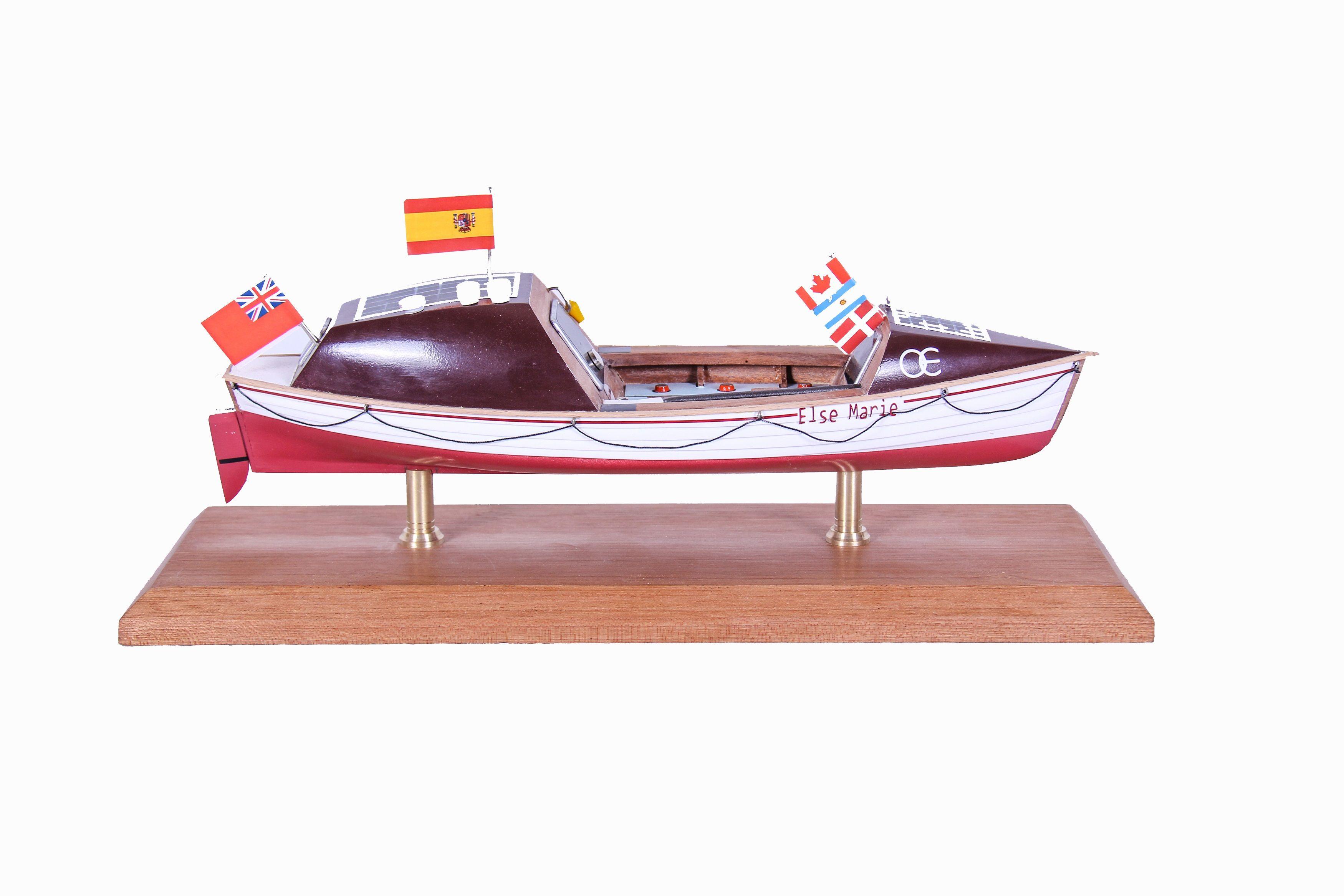 1687-9531-Else-Marie-Rowing-Boat