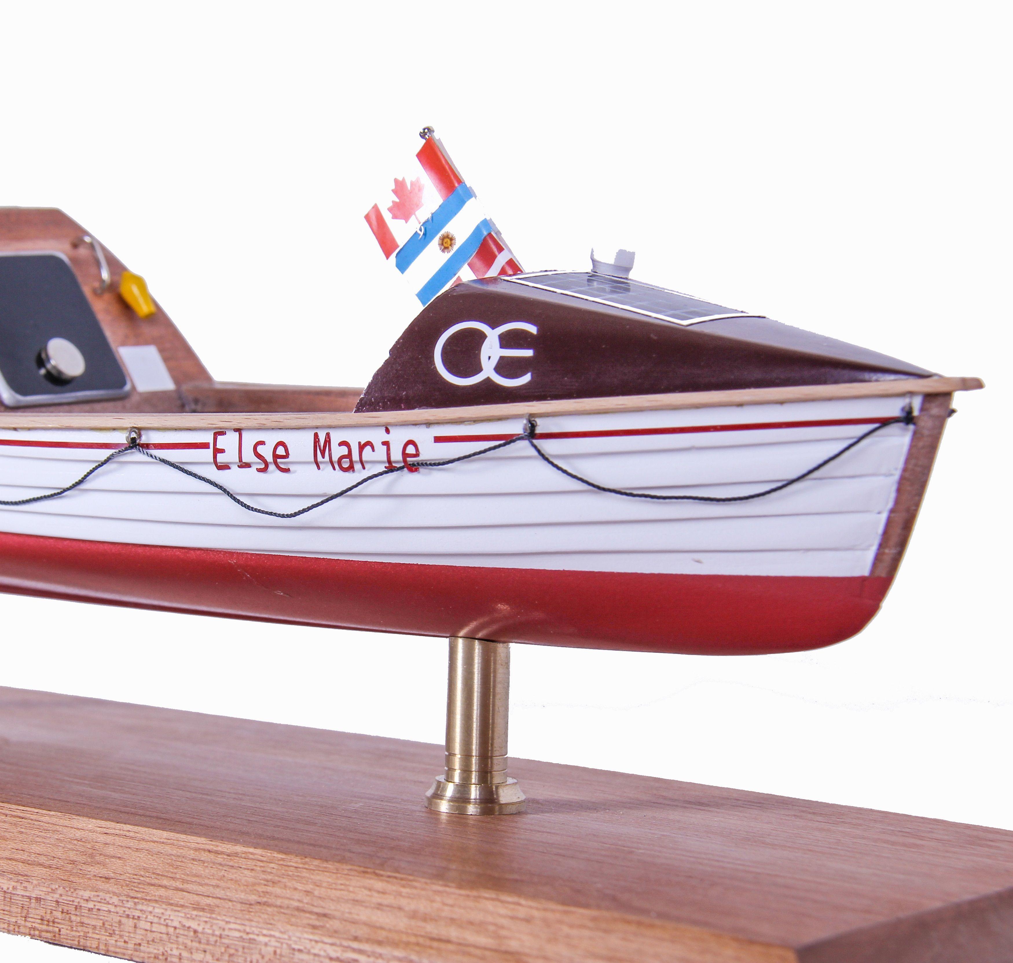 1687-9537-Else-Marie-Rowing-Boat