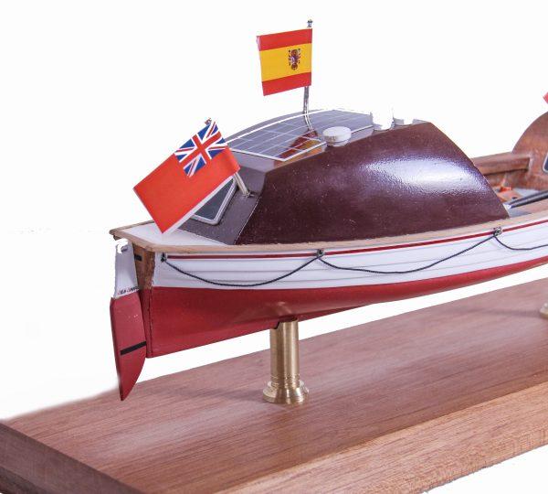 1687-9538-Else-Marie-Rowing-Boat