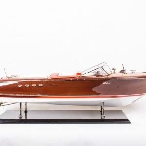 1770-9901-Super-Riva-Aquarama-model-boat-Distrazione