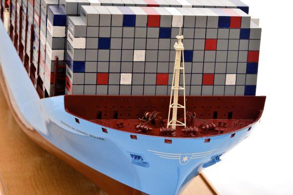 1812-10728-Emma-Maersk-Model-Ship