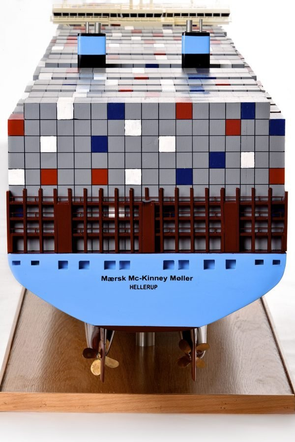 1812-10741-Emma-Maersk-Model-Ship