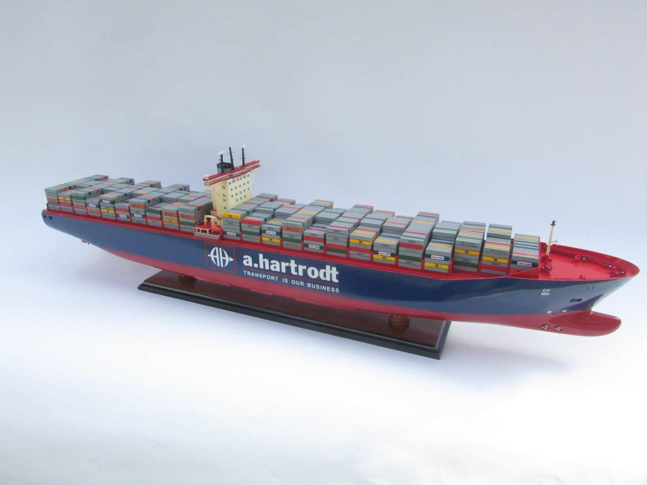 1829-10817-Emma-Maersk-Custom-Ship-Model-with-Rebranding