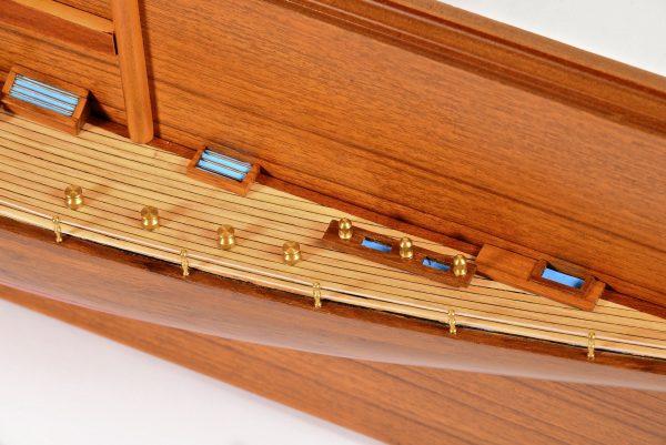 1830-10821-Half-Models