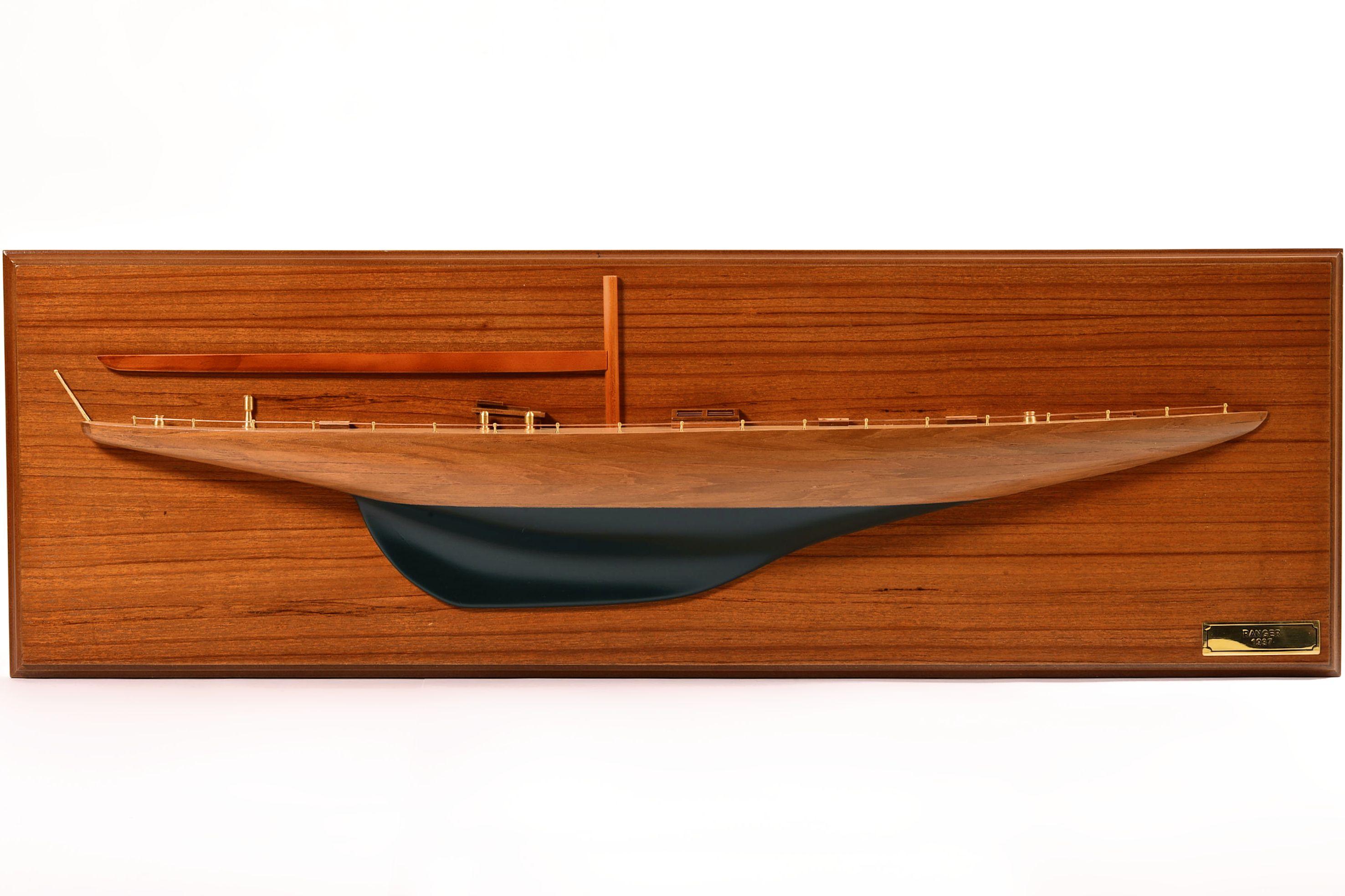 1830-10824-Half-Models