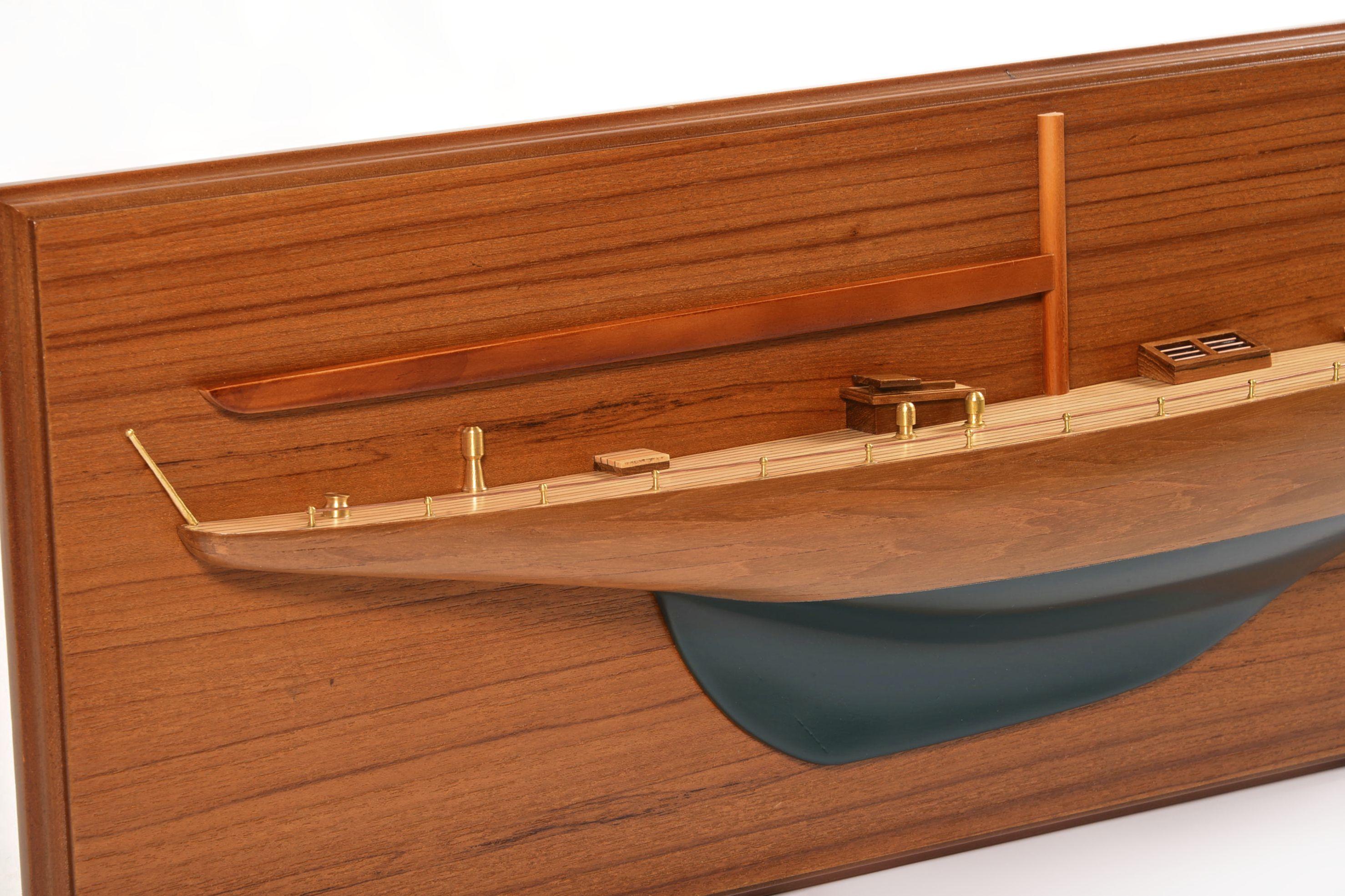 1830-10826-Half-Models