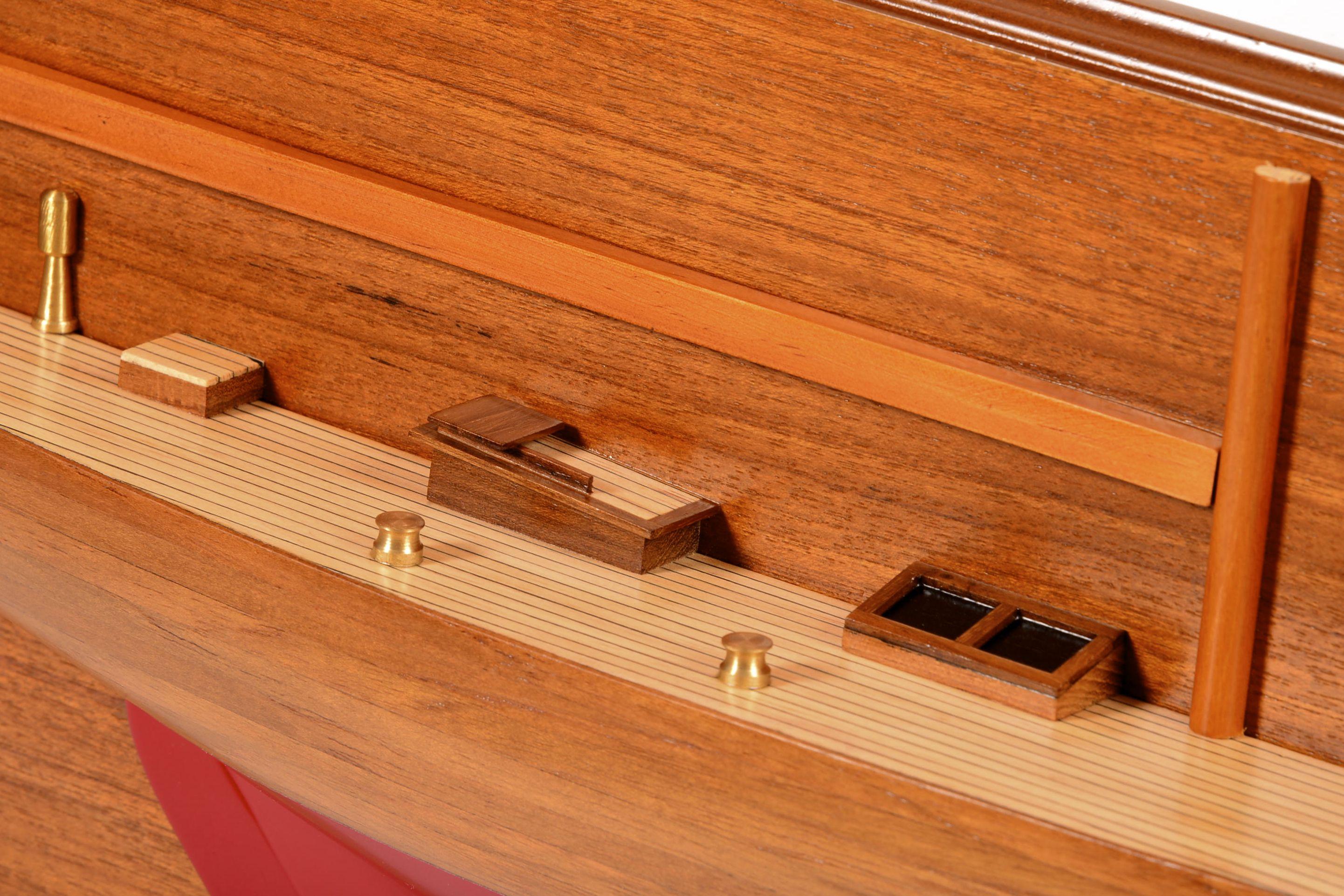 1830-10835-Half-Models