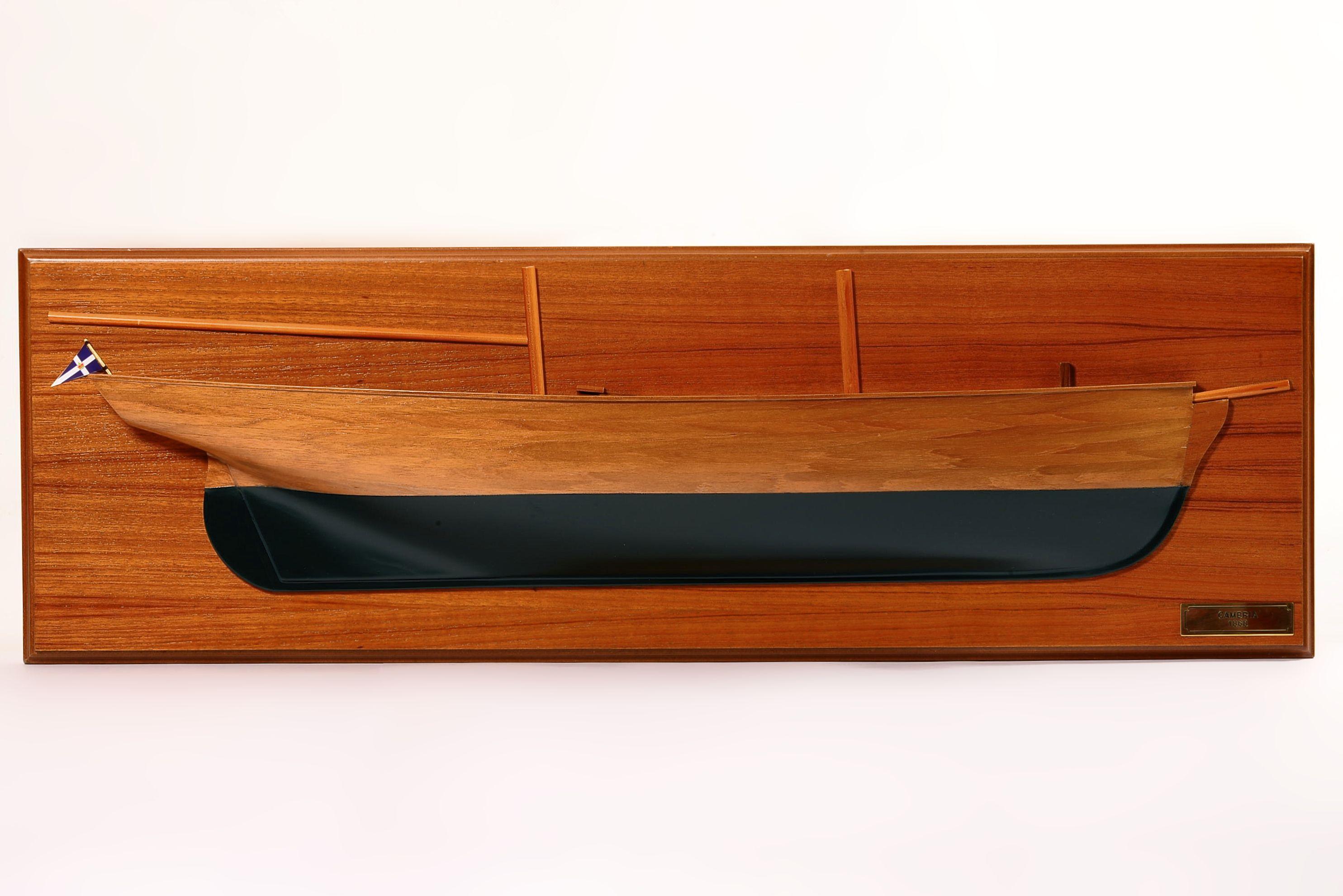 1830-10843-Half-Models
