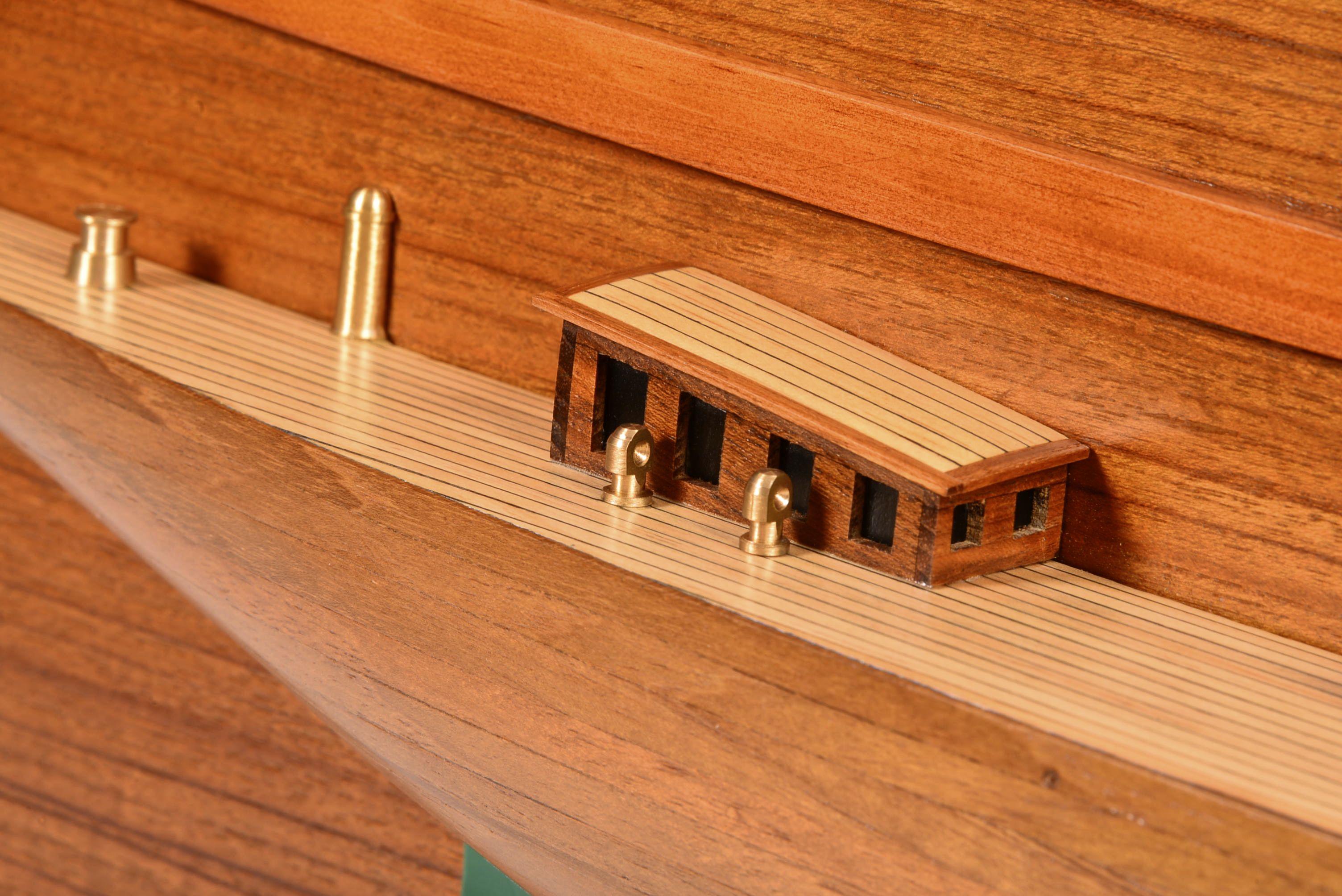 1830-10863-Half-Models