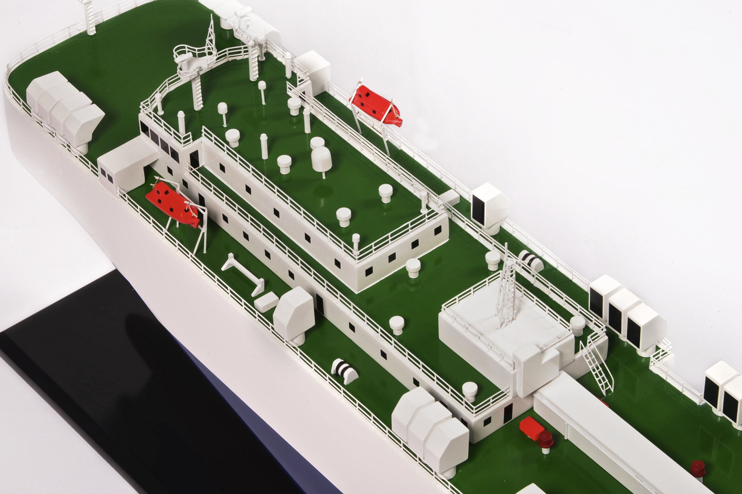 1834-10919-New-Century-1-Vehicle-Carrier-Model-Ship