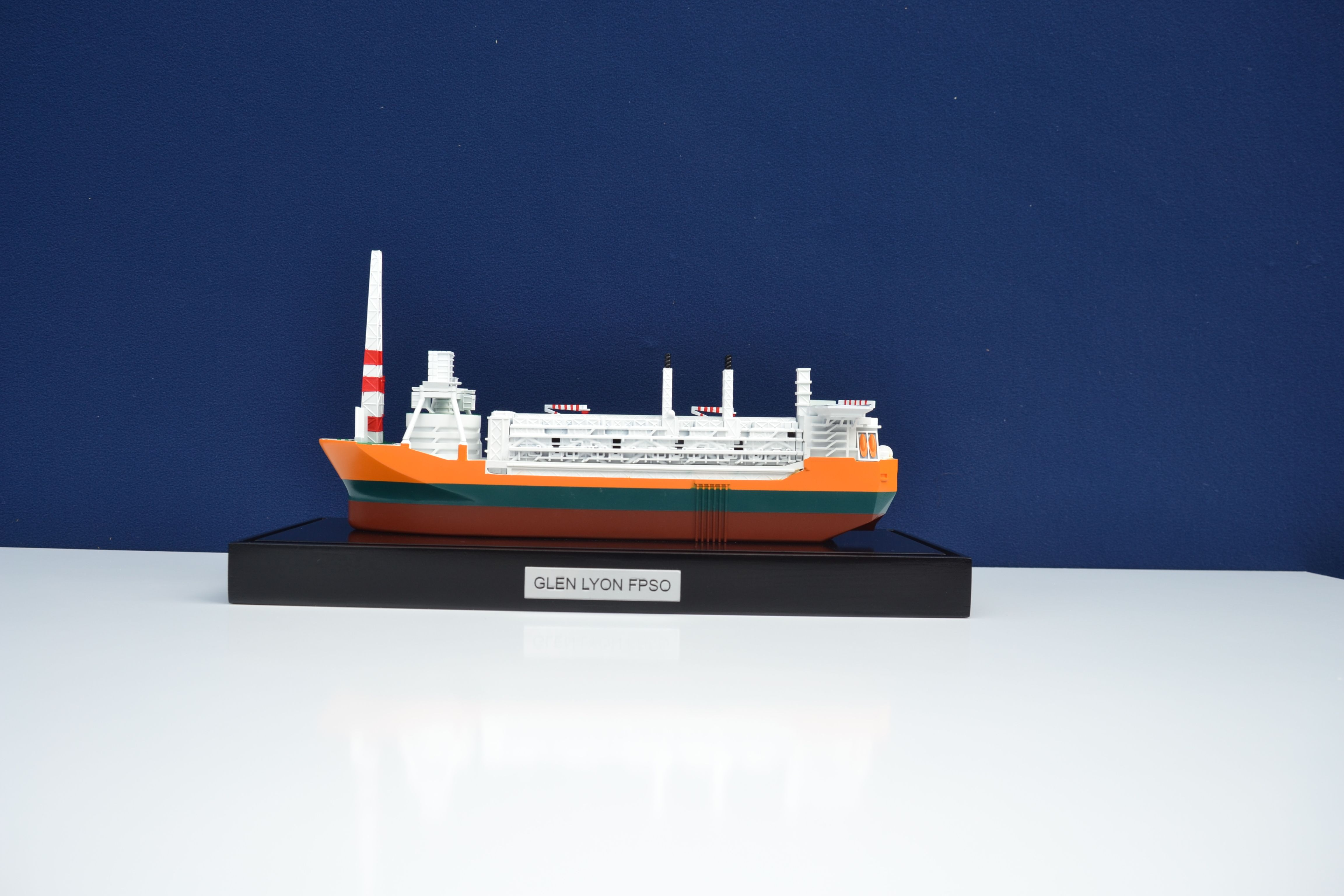 1857-11110-Glen-Lyon-FPSO-Mini-Modele