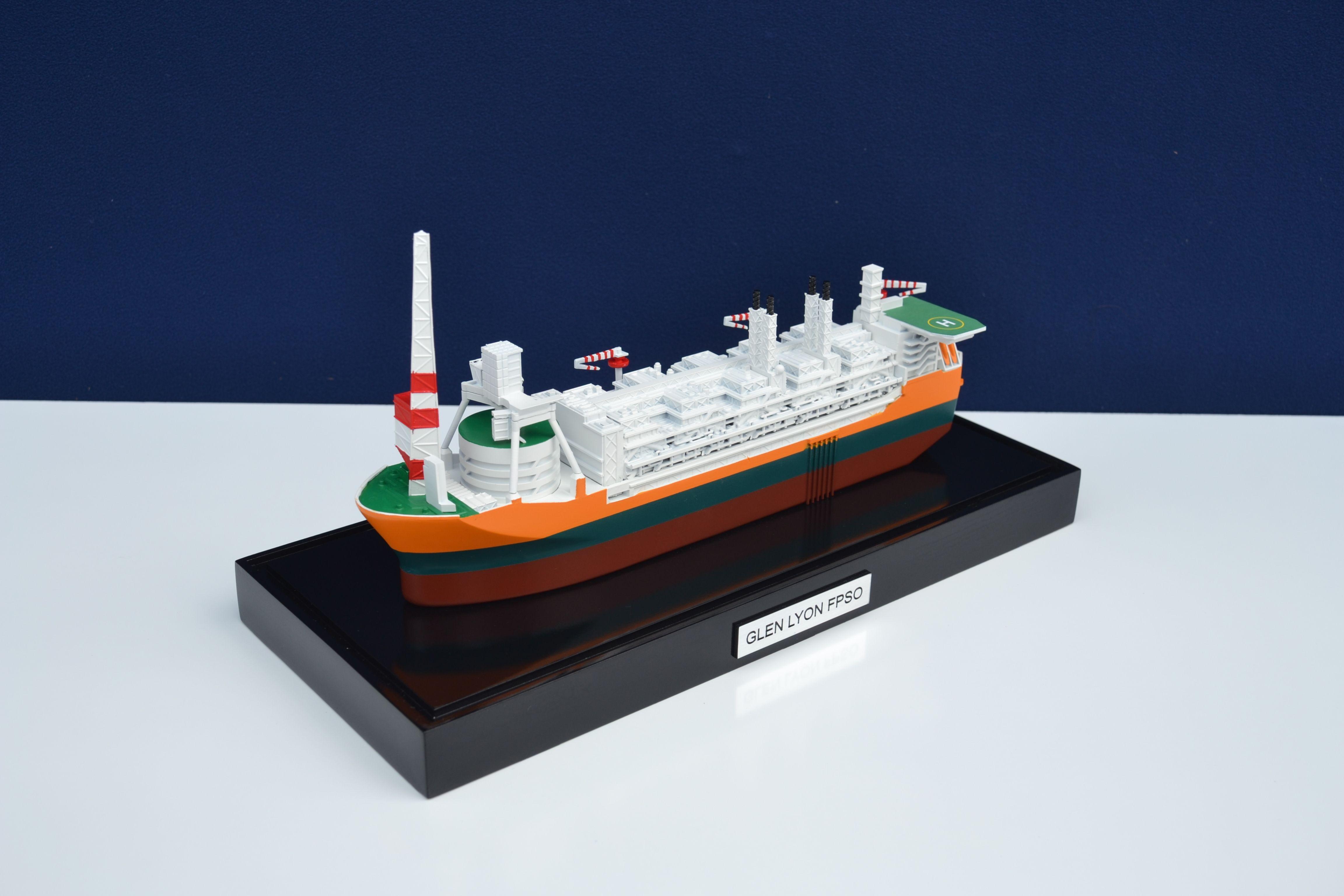 1857-11112-Glen-Lyon-FPSO-Mini-Modele