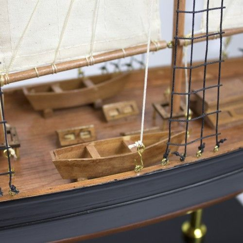 1868-11270-Atlantic-Display-Yacht