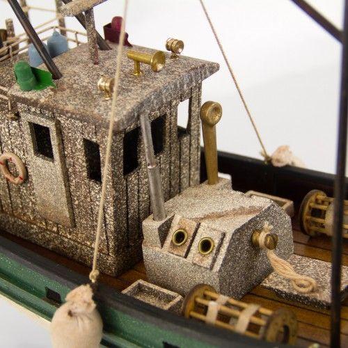 1876-11292-Fishing-Trawler-Model-Ship