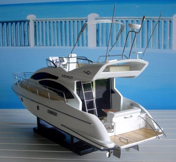1960-11595-Azimut-40-wooden-model-ship