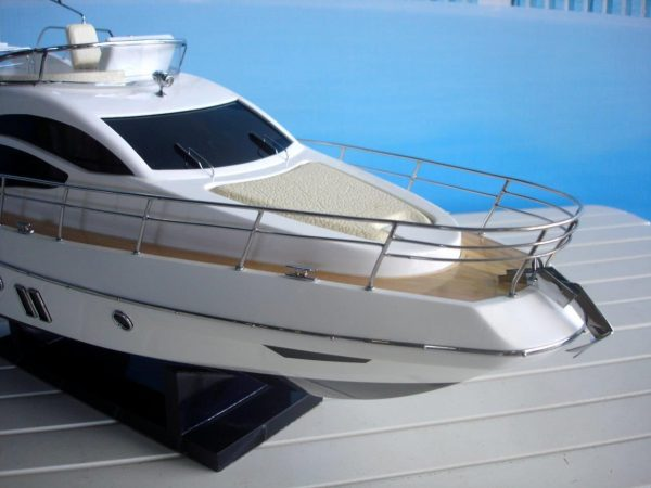 1960-11597-Azimut-40-wooden-model-ship