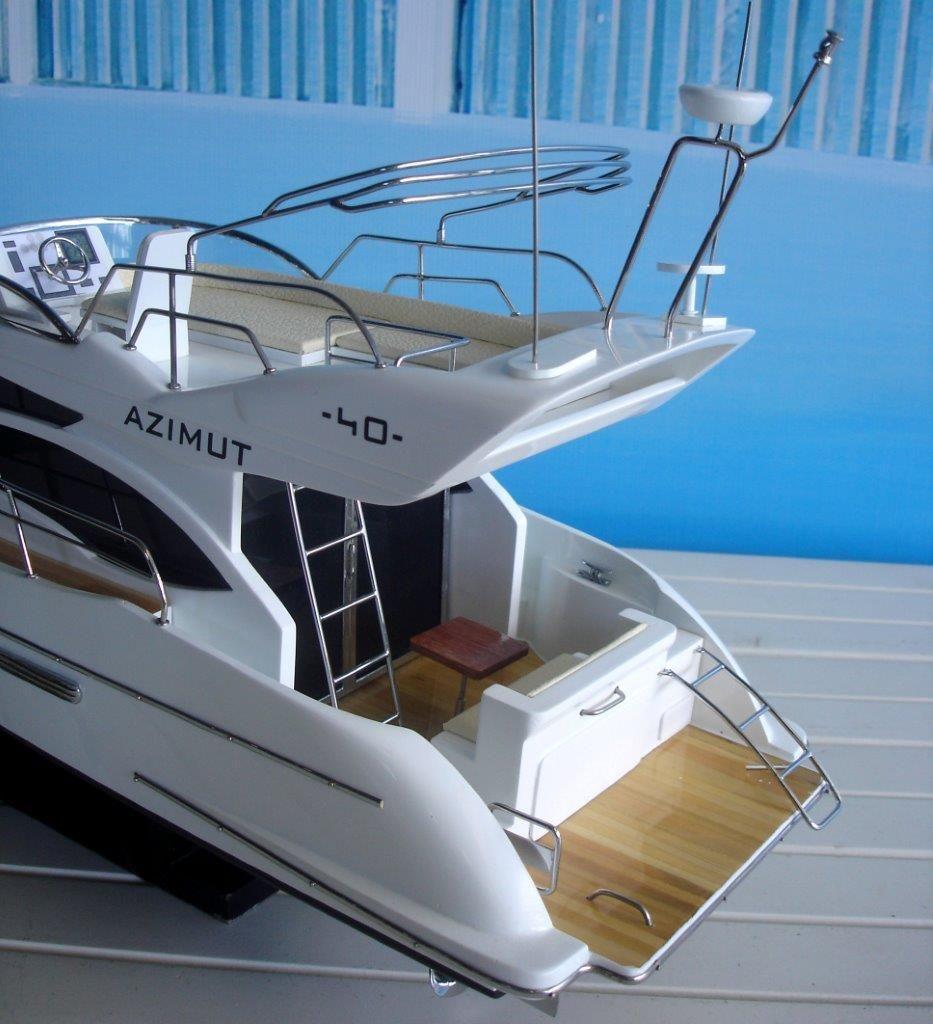 1960-11598-Azimut-40-wooden-model-ship