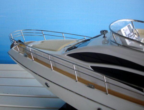 1960-11599-Azimut-40-wooden-model-ship
