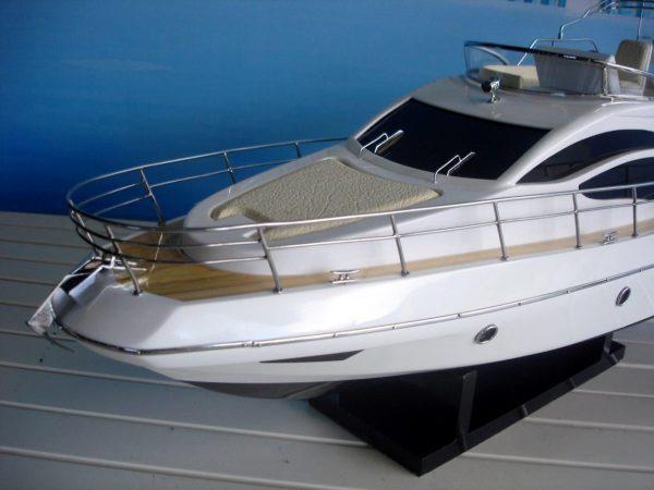 1960-11601-Azimut-40-wooden-model-ship