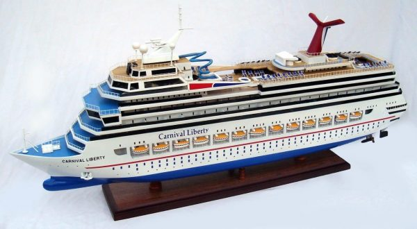 1963-11615-Carnival-Liberty-wooden-model-boat