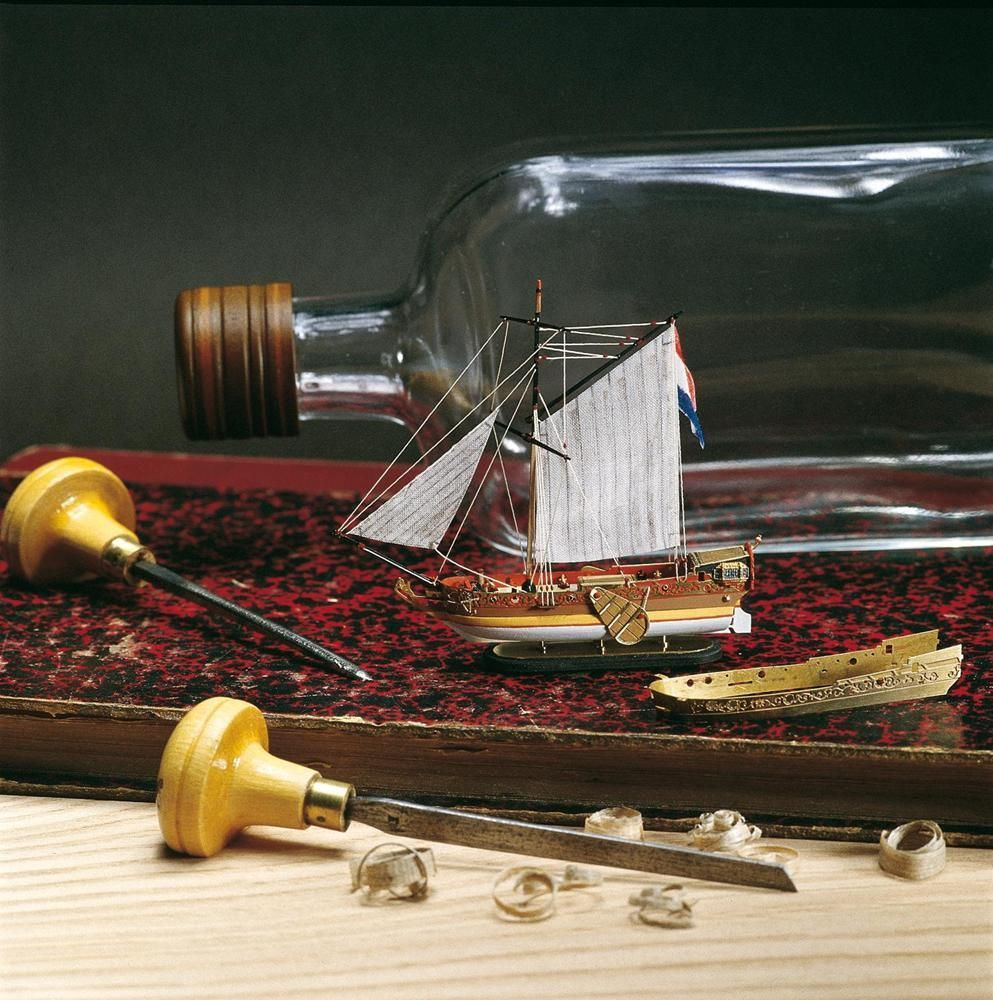 1964-11619-Dutch-Yacht-in-a-Bottle-Model-Boat-Kit-Amati-1350
