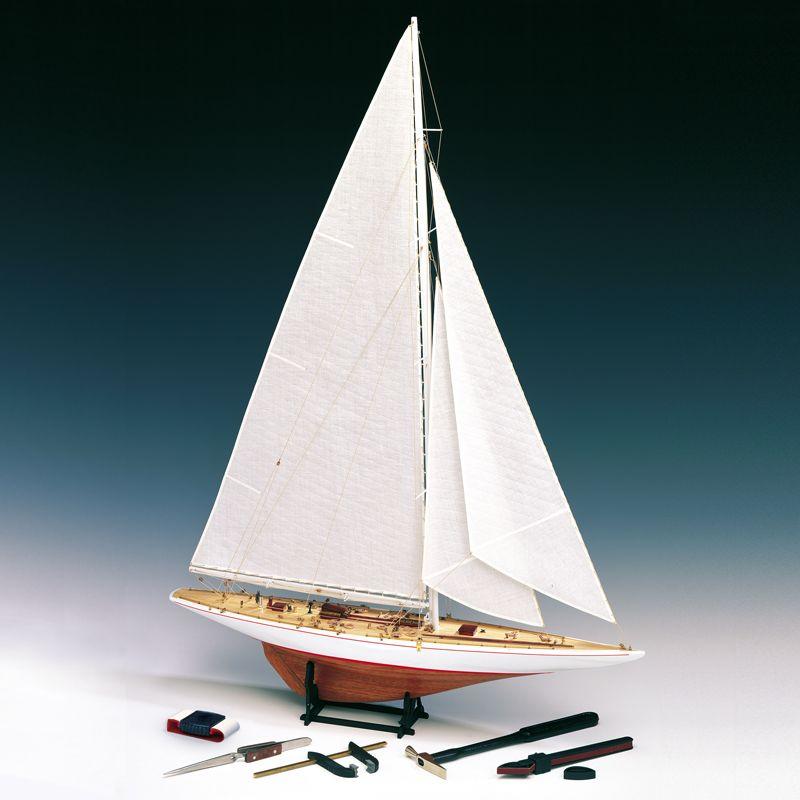 Rainbow Yacht Scale 1:80 Model Boat Kit - Amati (1700/11)