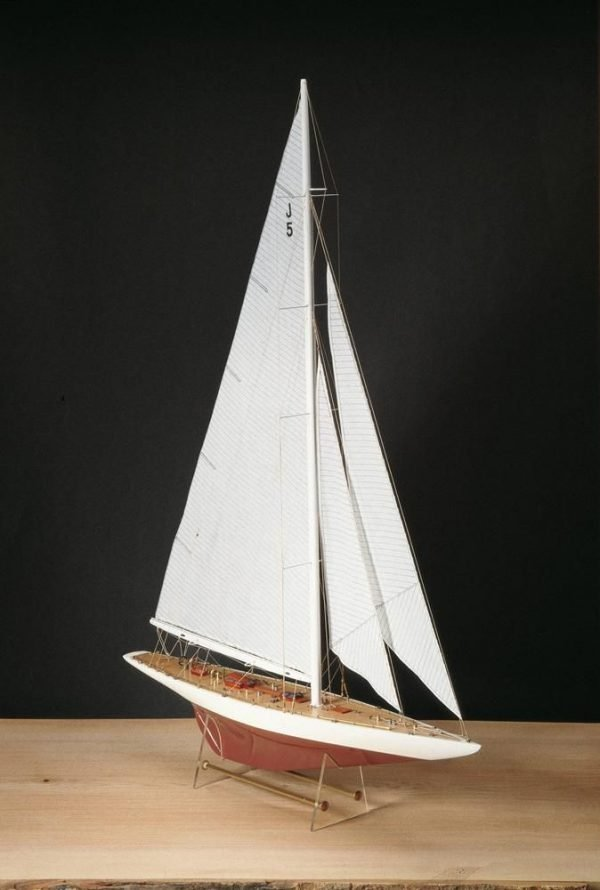 1980-11645-Rainbow-Yacht-Scale-180-Model-Boat-Kit-Amati-170011