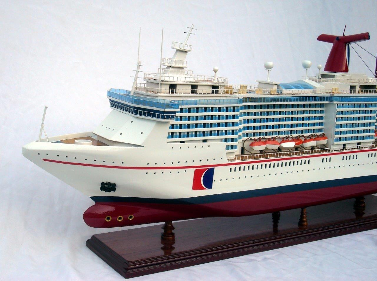Carnival Miracle Model Boat - GN (CS0017P)