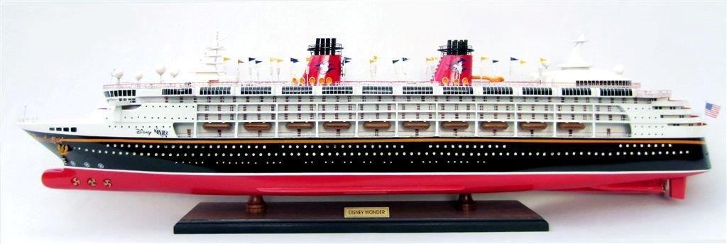Disney Magic Model Ship - GN (CS0056P-100)