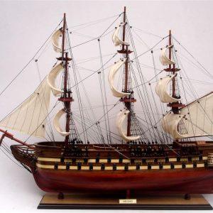 2009-11821-Uss-Ohio-model-ship
