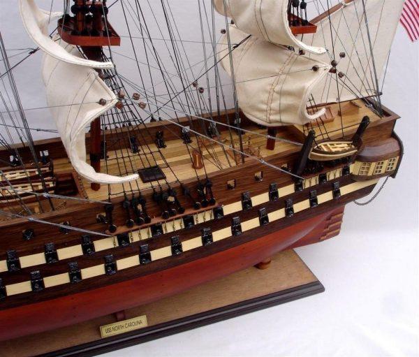2012-11833-Uss-North-Carolia-model-boat