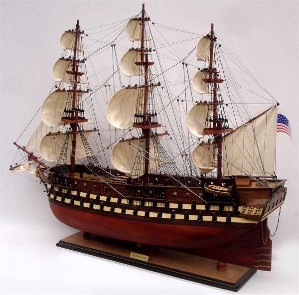 2012-11834-Uss-North-Carolia-model-boat