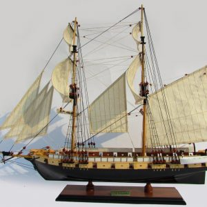 2013-11838-Uss-Niagara-wooden-model-ship