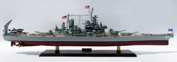 2015-12598-USS-Missouri-model-boat