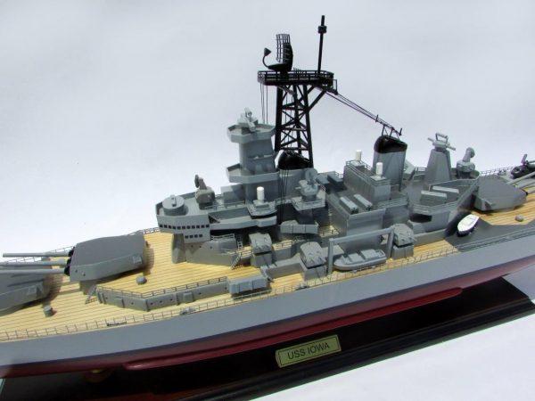 USS Iowa Model Boat - GN (BT0112P)