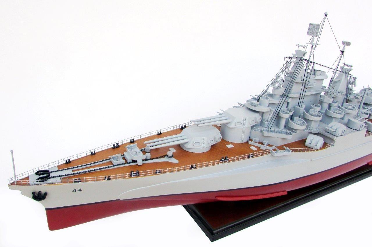 2021-12810-USS-California-ship-model