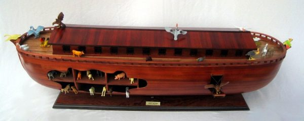 2043-12561-Noahs-Ark-Model-Boat