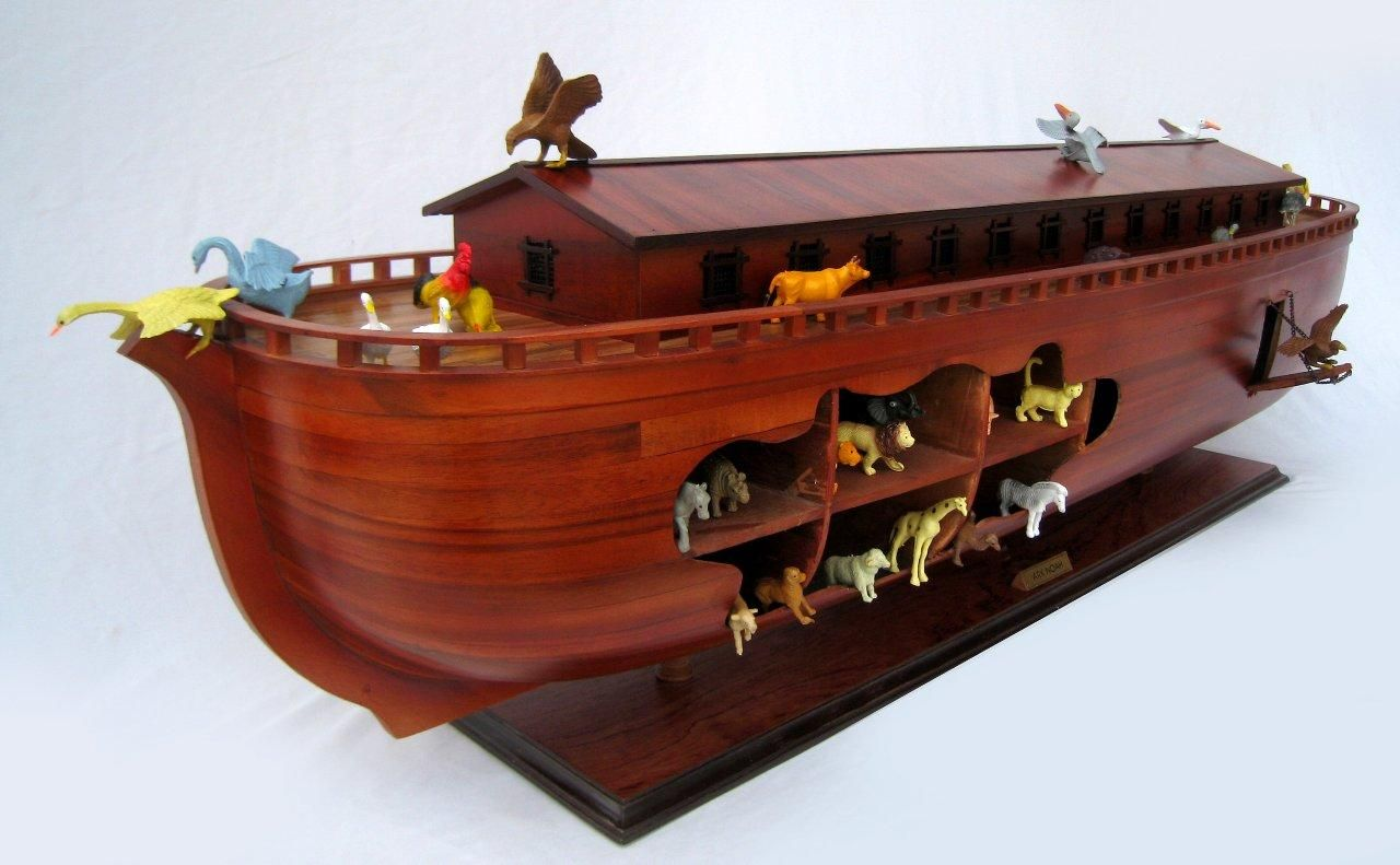 2043-12571-Noahs-Ark-Model-Boat
