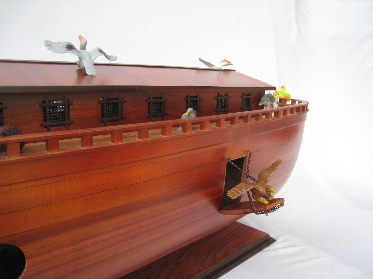 2043-12572-Noahs-Ark-Model-Boat