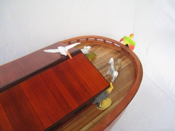 2043-12578-Noahs-Ark-Model-Boat