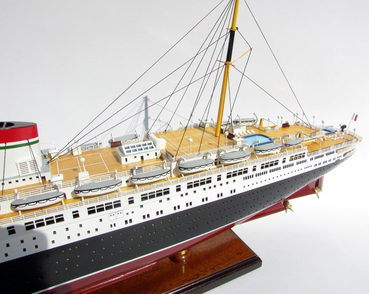 2047-12093-SS-Rex-model-boat