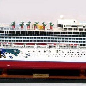 Norwegian Jewel Model Boat - GN (CS0073P)