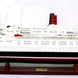 Queen Elizabeth 2 Ship Model - GN (CS0005P-100)